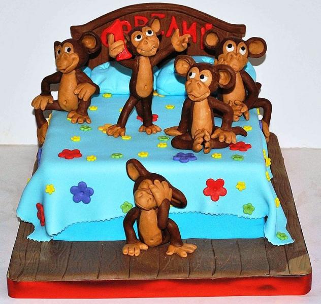 Новогодний торт в виде обезьяны своими руками сделать не так сложно, как кажется на первый взгляд.
